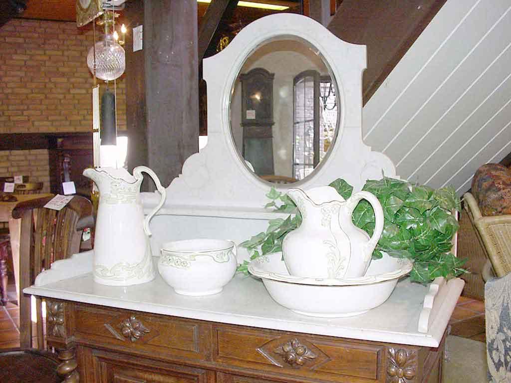 Ihr spezialist f r antiquit ten antik korbwaren lampen for Interieur verlag